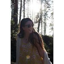 Потребителски профил на Colleen