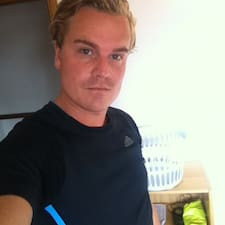 โพรไฟล์ผู้ใช้ Christiaan