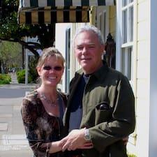 Mary & Davis Brugerprofil