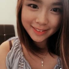 Profil Pengguna Hui Sze