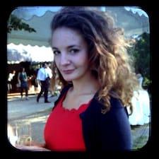 Profil Pengguna Melamelina*