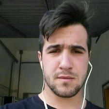 Davideさんはスーパーホストです。