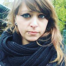 Profilo utente di Angelica