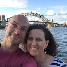 Profil Pengguna Colin And Sharon