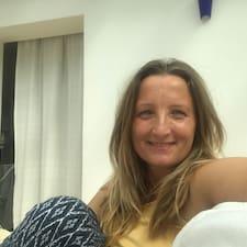 Lees meer over Katarzyna Maria