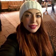 โพรไฟล์ผู้ใช้ María Camila