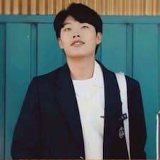 佳潇 User Profile