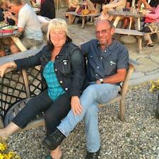 Janet And Merv Superhost házigazda.