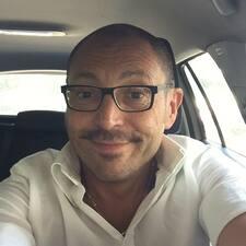 โพรไฟล์ผู้ใช้ Vincenzo