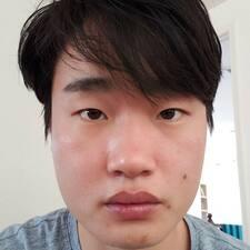 โพรไฟล์ผู้ใช้ Young Jun