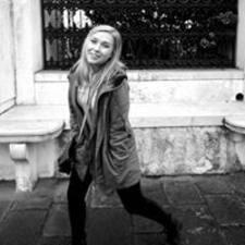 Hayley-Dee User Profile