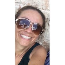 Luz Del Carmen User Profile