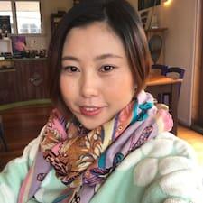 Hongbo (Christine) คือเจ้าของที่พักดีเด่น