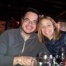 Stephanie And Travis Brugerprofil