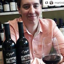 ดูข้อมูลเพิ่มเติมเกี่ยวกับ Martin