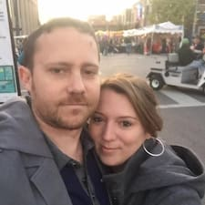 Profilo utente di Mark And Sarah