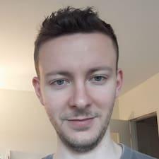 Maxence felhasználói profilja