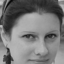Profil Pengguna Laure
