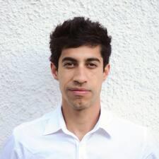 Adrián felhasználói profilja