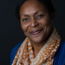 Yvette felhasználói profilja