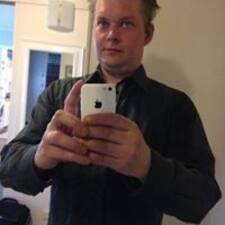 Heikki est l'hôte.