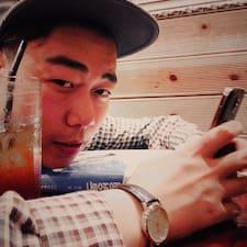홍윤 felhasználói profilja