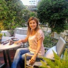 Henkilön Claudia Lucia Siqueira käyttäjäprofiili