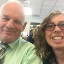 โพรไฟล์ผู้ใช้ John And Mary Ann