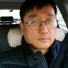 영 User Profile