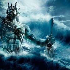 El Poseidon的用戶個人資料