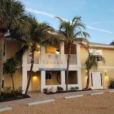 Escape Resort & Marina - Uživatelský profil