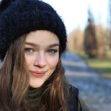 Profil Pengguna Marie