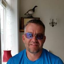 Profil Pengguna Einar