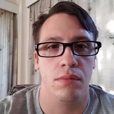 Profil korisnika Kenneth