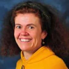 Lorely felhasználói profilja