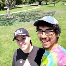Hannah And Eduardo felhasználói profilja