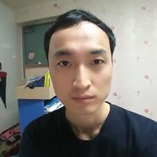 Daeyoung的用戶個人資料