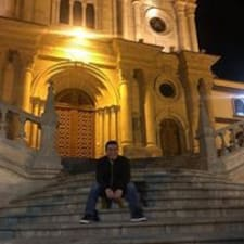 Profilo utente di Alejandro Daniel