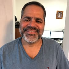 Hector R. User Profile