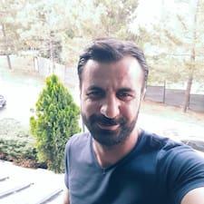 Zjisti více o hostiteli Ahmet