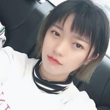 Profilo utente di 何
