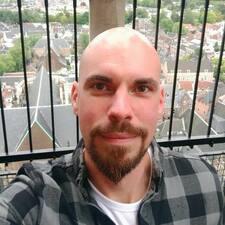 Christ felhasználói profilja