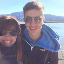 Nicolas Y Gabriela