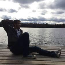Farouk felhasználói profilja