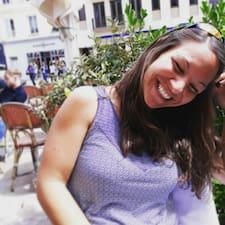 Flore felhasználói profilja