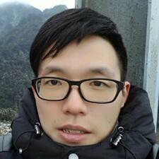 建佑 User Profile