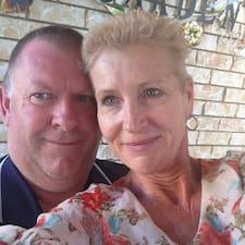Donna And Phil on supermajoittaja.