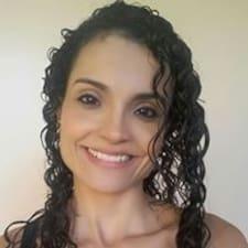 Profil Pengguna Lilliane