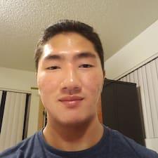 Johnny felhasználói profilja
