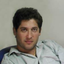 Elie felhasználói profilja